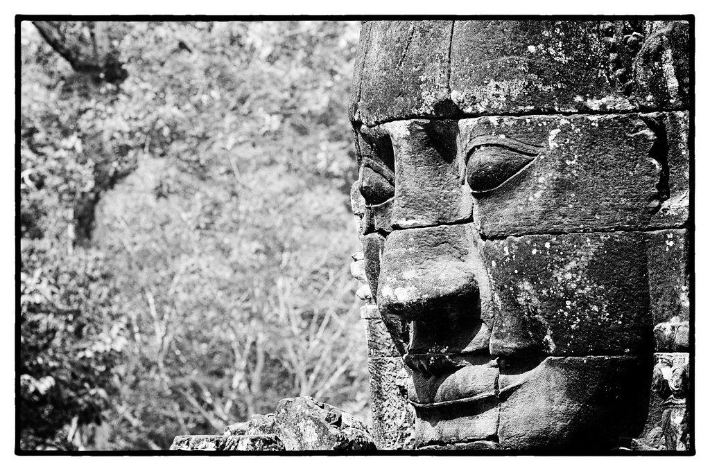 Figure de pierre - Cambodge