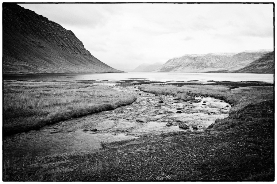 http://lumikoi.com/files/gimgs/th-25_Islande_2012_b_couradette_0014.jpg