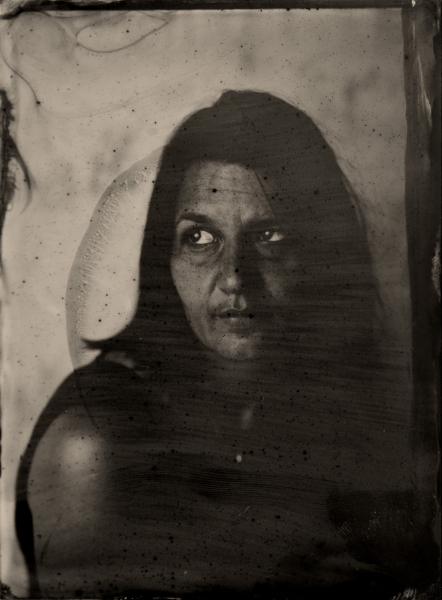 http://lumikoi.com/files/gimgs/th-40_Collodion_Benjamin_Couradette_0001_Small.jpg