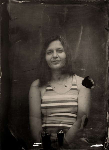 http://lumikoi.com/files/gimgs/th-40_Collodion_Benjamin_Couradette_0003_Small.jpg