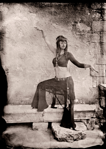 http://lumikoi.com/files/gimgs/th-54_2014 07 - Ambrotype -  Nadege - alan023 copie.jpg