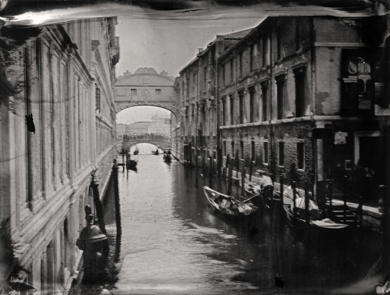 http://lumikoi.com/files/gimgs/th-58_Collodion_Venise_Benjamin_Couradette_2014070003_Small.jpg