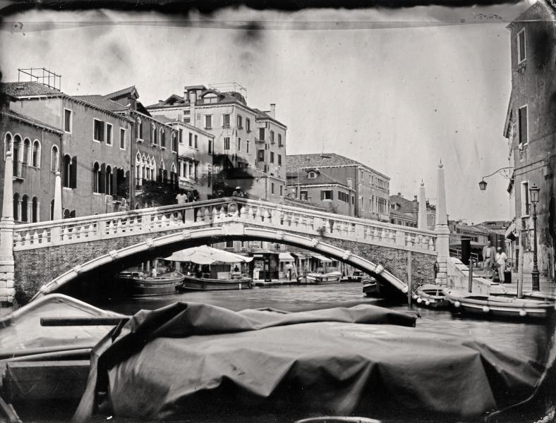 http://lumikoi.com/files/gimgs/th-58_Collodion_Venise_Benjamin_Couradette_2014070019_Small.jpg