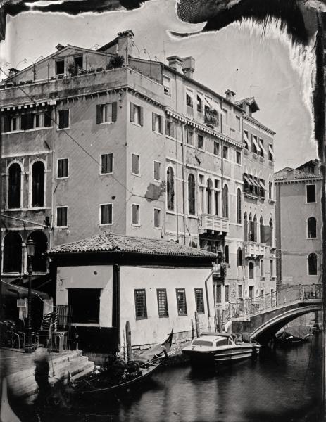 http://lumikoi.com/files/gimgs/th-58_Collodion_Venise_Benjamin_Couradette_2014070010_Small.jpg