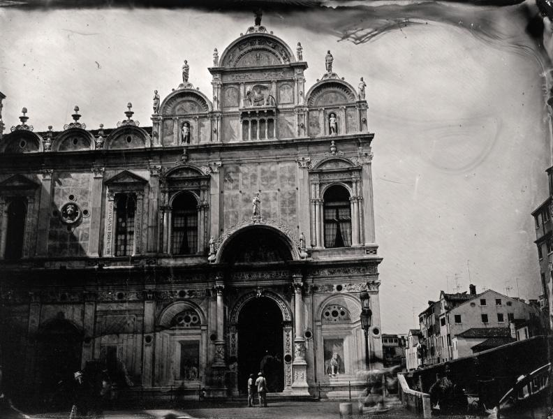 http://lumikoi.com/files/gimgs/th-58_Collodion_Venise_Benjamin_Couradette_2014070016_Small.jpg